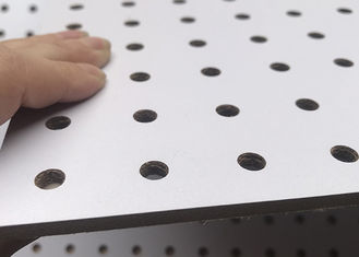 Indoor Supermarket 3.7mm MDF Pegboard With Hooks